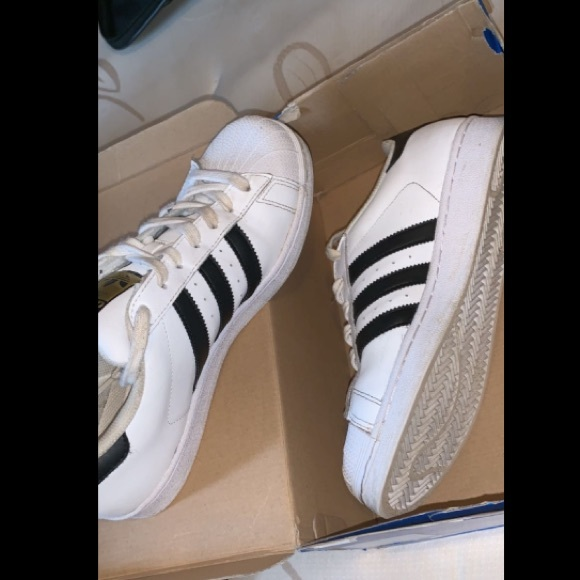 adidas Shoes - Adidas Superstar women's